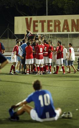 Las paradas del meta Ismael en la tanda de penalti favorecieron al Racing.   Foto: Fito Carreto
