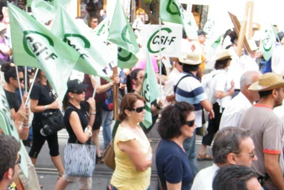 Manifestación al Ayuntamiento - 02/06/2010  Foto: CSIF