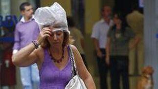 Las lluvias han acompañado a los sevillanos durante todo el día.   Foto: Diario de Sevilla