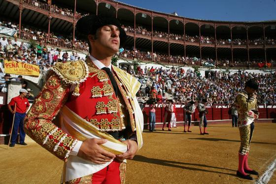 Tarde de toros de la ganadería de Juan Pedro Domecq, en la imagen, Morante de la Puebla momentos previos al festejo.  Foto: Sergio Camacho