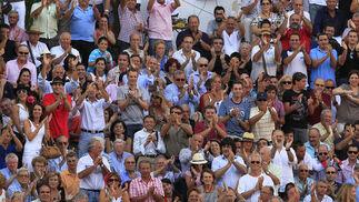 Obación del público a Sebastián Castella durante la corrida de toros en La Malagueta.  Foto: Sergio Camacho