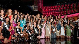 Algunas de las candidatas a Miss Universo 2010.  Foto: EFE