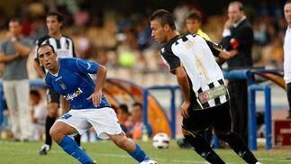 """El extremo izquierdo del equipo, José Luis Capdevila, ha declarado que """"aunque sea el primer partido, ésta es una derrota dolorosa"""".   Foto: Juan Carlos Toro"""