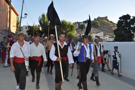 La representación congregó a un millar de personas en el pueblo  Foto: Ramón Ubric