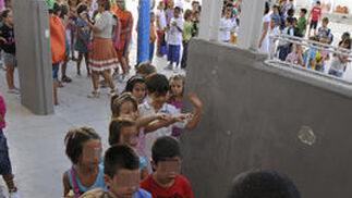Vuelta al cole en el colegio José María del Campo en Triana.  Foto: Juan Carlos Vázquez