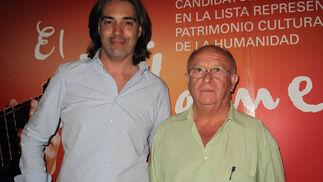 Antonio Ortega, director de Com.Flamenco, y José María Segovia, presidente de la Confederación de Peñas de Flamenco de Andalucía.  Foto: Victoria Ramírez