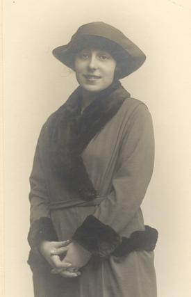 Margarita Romero,  madre de Mª Isabel.
