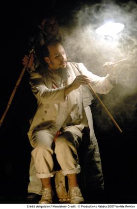 Gonzalo Muñoz Ferrer de la Compañía Cirque Éloize.