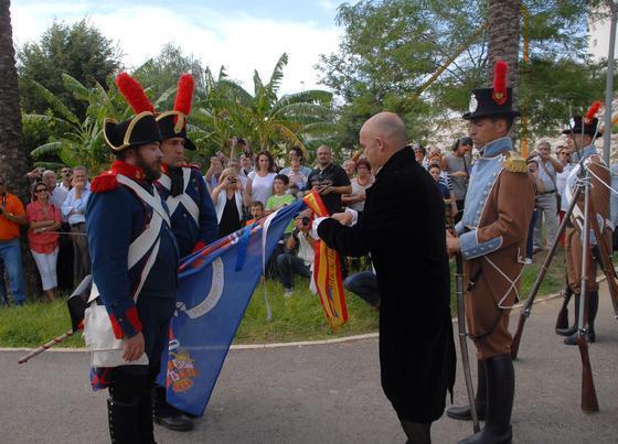 La recreación del juramento de la Constitución sirve de conclusión para los actos del Bicentenario del 24-S en San Fernando.   Foto: Rioja