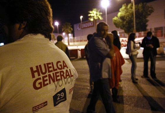 Huelga general en Mercamálaga.  Foto: Migue Fernández