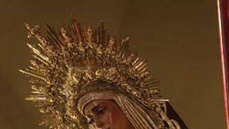La Virgen de las Angustias luciendo una diadema en su cabeza.  Foto: A.S.Carrasco