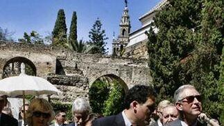 Carlos y Camilla llegan al Real Alcázar de Sevilla.  Foto: Antonio Pizarro