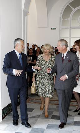 Momento de la visita real al Palacio de San Telmo.  Foto: Eduardo Abad (EFE)