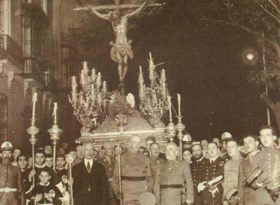 1922. El Amor se trasladó desde Santa Catalina al Salvador.