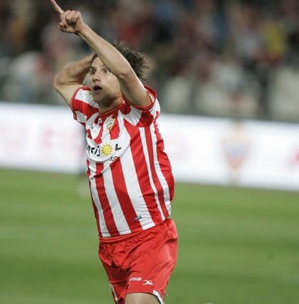 El Almería cede en casa ante el Athletic y ve más lejos la salvación. / Javier Alonso