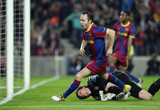 El Barcelona golea al Shakhtar en la ida de los cuartos de final de la 'Champions'. / AFP