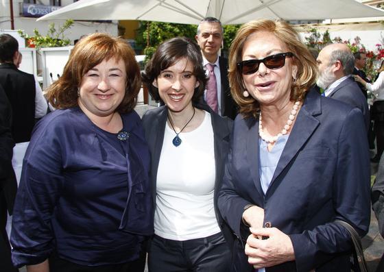 Rosa Castillejo, secretaria general de la Presidencia de la Junta, con Amparo Rubiales, consejera de Estado.  Foto: Juan Carlos Vázquez y Victoria Hidalgo