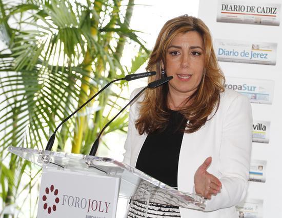 Susana Díaz, en un momento de su intervención.  Foto: Juan Carlos Vázquez y Victoria Hidalgo