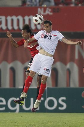 El Mallorca-Sevilla acaba en un empate que no ayuda en los objetivos a ninguno de los dos equipos.  Foto: lof