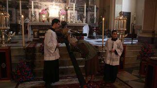 Besapiés del Cristo de la Sed.  Foto: A.S.Carrasco