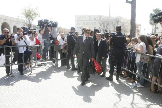 Otro de los imputados, José Luis López, a su llegada a la Audiencia./Fotos:Joaquín Pino/Lourdes de Vicente  Foto: Joaquin Pino / Lourdes de Vicente