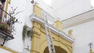 Arreglos en el Arco del Póstigo, protagonista en el paso de varias cofradías.