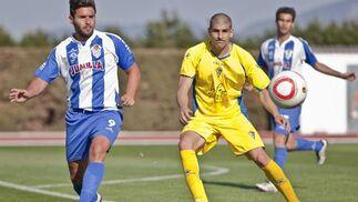 Moreno le puso ganas y obtuvo la recompensa del gol.  Foto: LOF