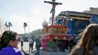 Dos hermandades y tres agrupaciones parroquiales llenan de sentido el día previo al Domingo de Ramos  Foto: Pascual