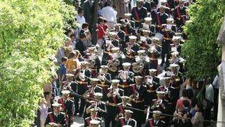 La banda de La Victoria, de León,  en formación.  Foto: Pascual