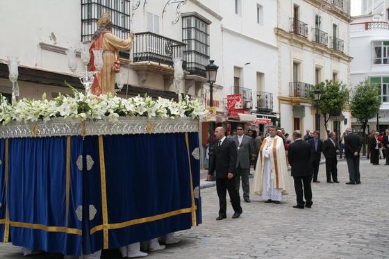 El Resucitado por la calles de Tarifa./S.T.  Foto: Erasmo Fenoy/Paco Guerrero/E.S.