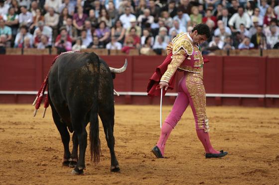 Luis Vilches en el cuarto toro.  Foto: Juan Carlos Muñoz