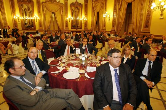 J. Torres, . J. J. Jurado, R. Alarcón, J. J. Rguez-Alcaide, B. Jordano, A. Álvarez, J. Martín, R. Navas y R. Díaz-Vieito