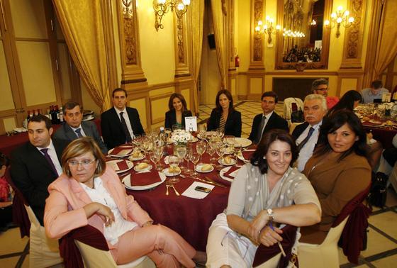 M. Fernández, G. Loaiza, E. Osuna, A. Gallardo, D. Hidalgo, S. Fernández, S. García, J. Torres, G. Cabelloy  C. Bascuñana.