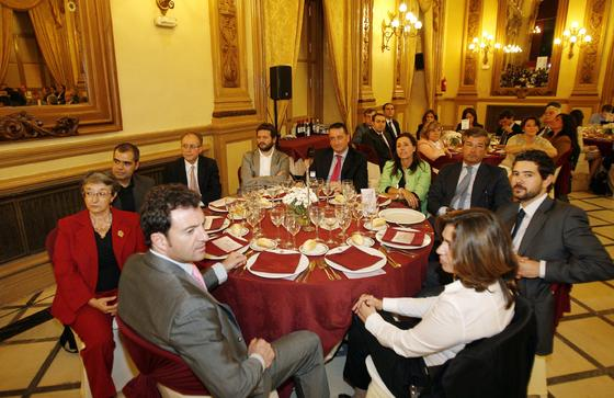 C. Gómez, J. Jiménez, D. Palacios, C. Sousa, M. Á. Medina, R. Obrero, Á. Martínez, R. Palacios, F. García y L. de la Hera.