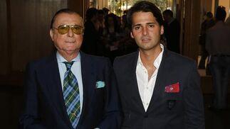 A la izquierda, Ángel casal, de Amigos de la Ópera. / A. Pizarro · V. Hidalgo