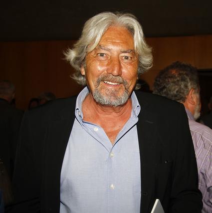 José María Mellado, en la Fundación Luis Cernuda durante la gestación del teatro. / A. Pizarro · V. Hidalgo