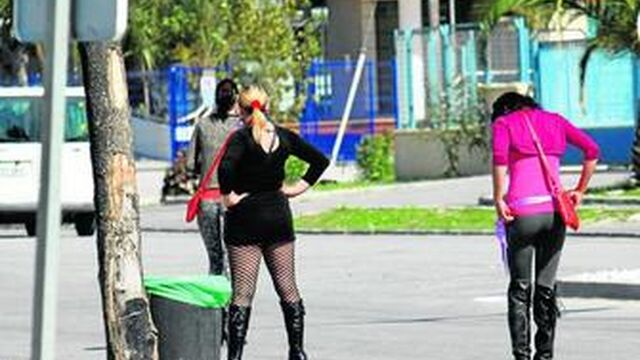 prostitutas malaga como contratar una prosti