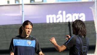 El Málaga vuelve a los entrenamientos ante 2.500 aficionados en La Rosaleda  Foto: Migue Fernandez