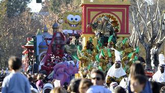 Las carrozas de la Cabalgata de Reyes Magos recorren las calles de la ciudad.  Foto: Manuel Gomez