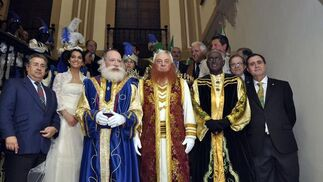 Los Reyes Magos se preparan para salir.   Foto: Manuel Gomez