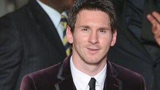Lionel Messi logra su tercer Balón de Oro con 24 años. / AFP