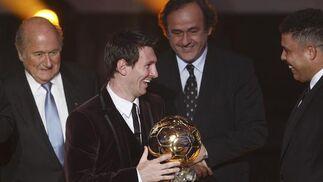 Lionel Messi logra su tercer Balón de Oro con 24 años. / Reuters