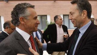 Plata junto al presidente del Grupo Joly, José Joly Martínez de Salazar.  Foto: S. Camacho· Migue Fernandez