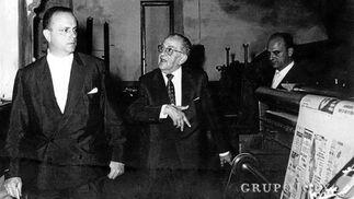 El ministro, en 1963, con Federico Joly y Emilio de la Cruz./Juman