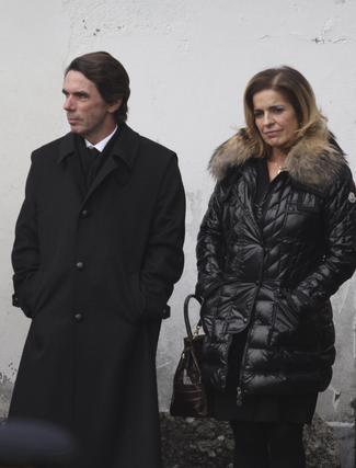 Aznar y Ana Botella asisten al entierro de Manuel Fraga.  Foto: Efe/Reuters