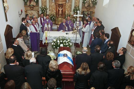 Misa oficiada por los restos de Manuel Fraga.  Foto: Efe/Reuters