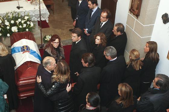 último adiós a Fraga.  Foto: Efe/Reuters