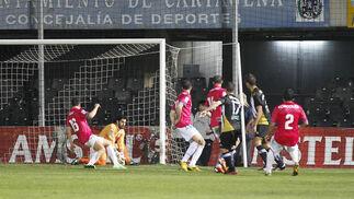 El Recreativo cae con claridad en Cartagena (3-0). / LOF