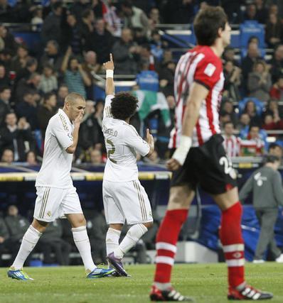 El Real Madrid golea 4-1 al Athletic de Bilbao de Bielsa en el Bernabéu. / EFE