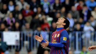 El Málaga es goleado en casa ante el Barcelona (1-4). / AFP